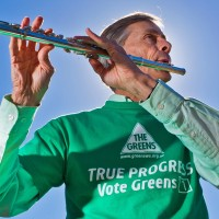 Gordon flute campaigning - federal election 2013
